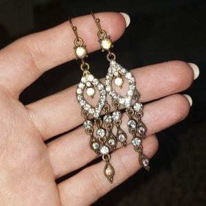 Dangely earrings